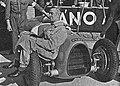 Bernd Rosemeyer před startem v Brně (1935).jpg