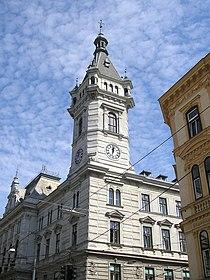 Bezirksamt Währing Vienna Sept 2006.jpg