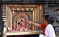 Bhaktapur-Bhairava Mandir am Taumadhi Tole-21-gje.jpg