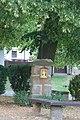 Boží muka, prostor pod lípou před domem Kanina 2, Kanina, okr. Mělník, Středočeský kraj 01.jpg