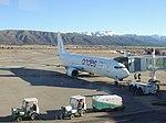 Boeing 737-800 Andes Líneas Aéreas LV-HLK at Bariloche 02.jpg