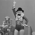Bonnie St. Claire - TopPop 1974 02.png