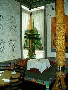 Dushanbe Tea House - Wikipedia on cedar home design, cedar shed design, cedar greenhouse design,