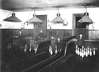 Ten-pin bowling - Pinsetter boys at a Pittsburgh bowling alley, c. 1908