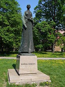 Socha Boženy Němcové v Čechových sadech Olomouci
