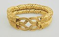 Bracelet with spirally twisted strands and a Herakles knot at the bezel MET 18.2.18 01-22-04.jpg