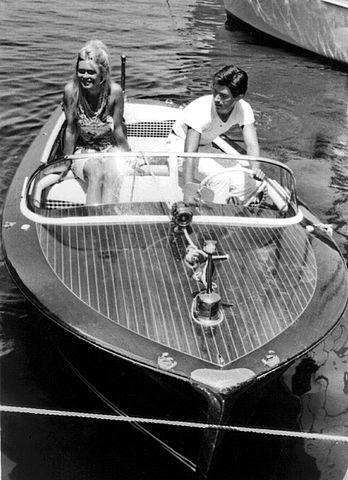 В Сен-Тропе с Сами Фрейем в 1963 году