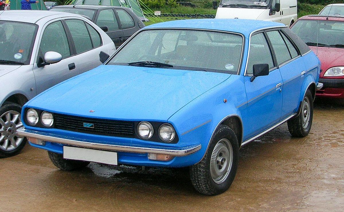 Strange European Classic Car Overhang Rear Glass
