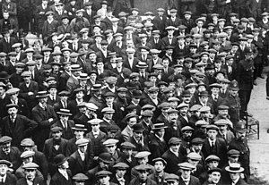 Recruitment in the British Army - British Volunteer recruits in London, August 1914, who would form Kitchener's New Army