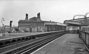 Brixton railway station - Brixton main line station in 1960