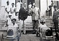 Bugatti Type 52 - Ettore Bugatti et ses fils Roland et Jean Bugatti.jpg