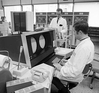 CDC 6000 series - Image: Bundesarchiv B 145 Bild F031433 0011, Aachen, Technische Hochschule, Rechenzentrum