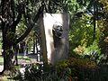 Buste Van Gogh Arles.jpg