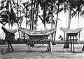 COLLECTIE TROPENMUSEUM Schaalmodellen van Toraja huizen Celebes TMnr 60028782.jpg