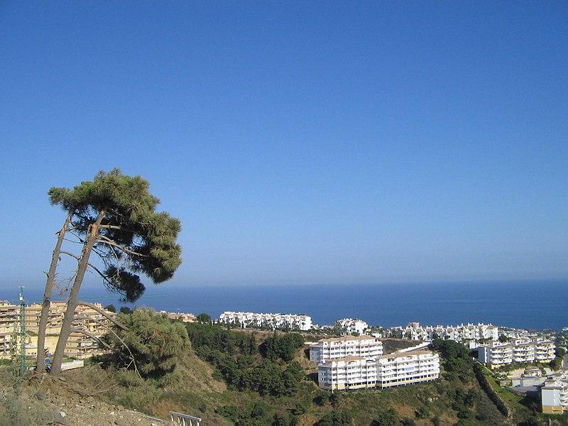 File:Calahonda, Spain 2005 2.jpg