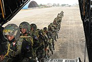 Cambodgian paratroopers
