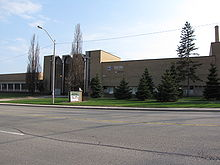 Cameron Heights Collegiate Institute.JPG