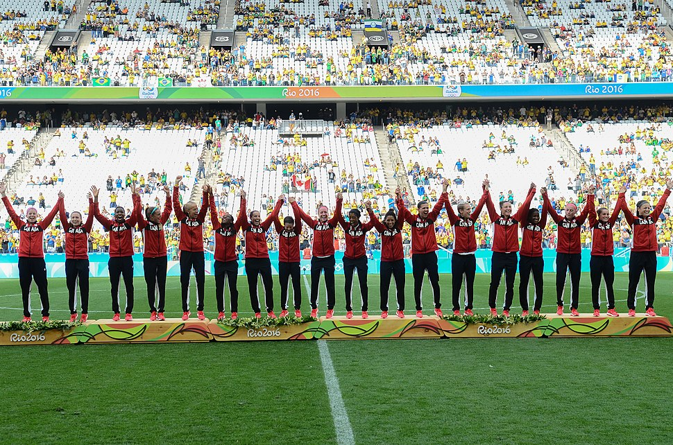 Canadá vence o Brasil no futebol feminino, na Rio 2016 (28807777400)