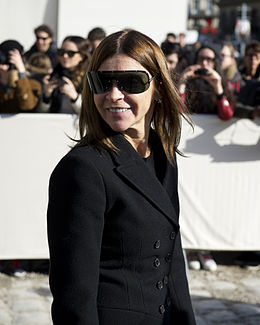 Carine Roitfeld - Louis Vuitton autumn-winter 2014 fashion show.jpg