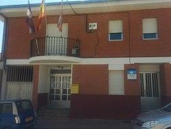 Casa consistorial de Campazas y consultorio local.jpg