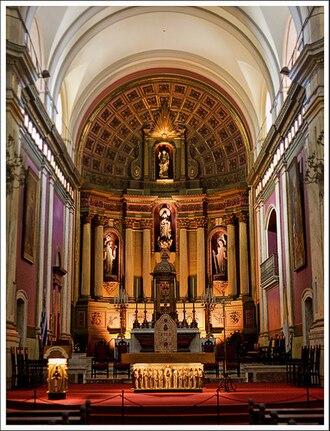 Montevideo Metropolitan Cathedral - Altar