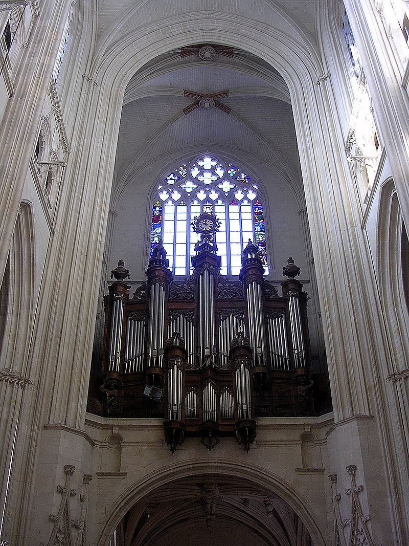 800px-Cath%C3%A9drale_Nantes_orgue.JPG