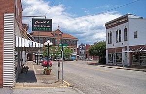 Catlettsburg, Kentucky - Louisa Street in downtown Catlettsburg in 2007