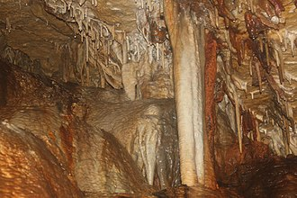 Cave of the Mounds - Image: Cavecolumn