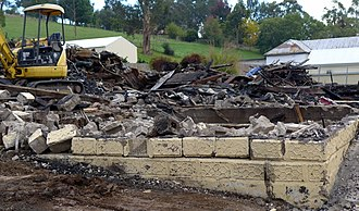Buchan, Victoria - The Caves Hotel, Buchan's only pub, burnt down on April 8, 2014.