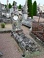 Champniers-et-Reilhac cimetière tombes (1).JPG