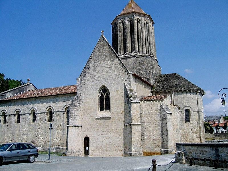 Charente-Maritime Surgeres Eglise Notre-Dame