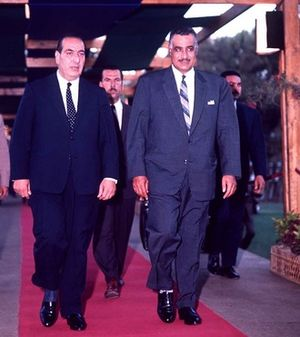 Charles Helou - Helou (left) with Egyptian President Gamal Abdel Nasser during the 1964 Arab League summit in Alexandria