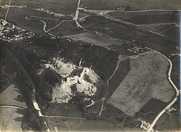 Chateau de Coucy - 29 juin 1917.jpg