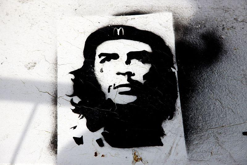 File:Che In Dublin Docklands - Street Art And Graffiti (4673901682).jpg