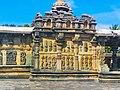 Chennakeshava temple Belur 374.jpg