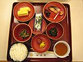 Chion-in breakfast by Ozchin.jpg