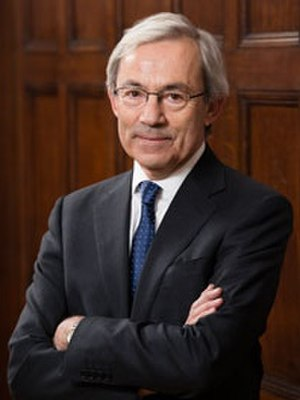Christopher A. Pissarides - Official LSE portrait of Professor Sir Christopher Pissarides