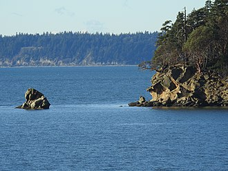 Chuckanut Bay - Image: Chuckanut Island and Lion Rock