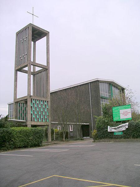 File:Church of st john                       the divine willenhall coventry 24n07.JPG