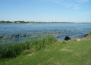 Columbia Park (Tri-Cities) recreational park in Tri-Cities, Washington comprising two public city parks—one in Richland, and the other in Kennewick
