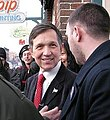 Congressman Kucinich consults with campaign adviser (cropped1).jpg