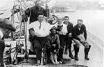 Crew of the Bowdoin cph.3a03814.jpg