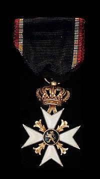 Croix Commémorative des Volontaires de 1830.jpg
