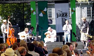 2005 in Norwegian music - Christianssand String Swing Ensemble at the Kongsberg Jazzfestival.
