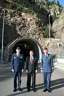 DF-SD-01-08378 US Ambassador to Canada Gordon Giffin (center) with US Air Force General Myers (left) and USAF Lieutenant General George Macdonald.JPEG