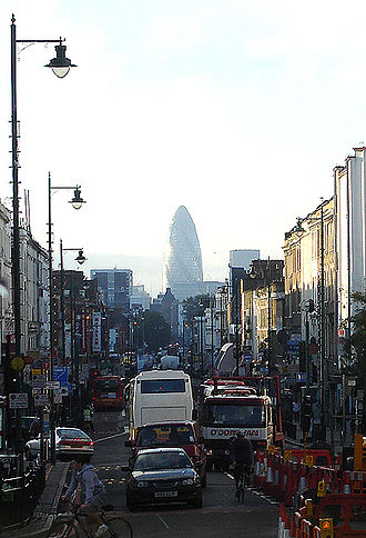 Dalston - Dalston, looking south towards The City. A major traffic nexus. (October 2005)