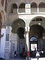 Damaskus, Omayadenmoschee, Eingang in den Moscheehof mit erhaltenen Mosaiken (24834223728).jpg