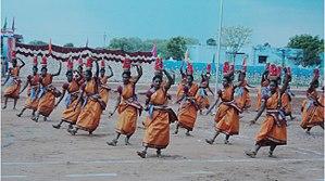 Karagattakaran - Image: Dancers,Karakattam,T amil Nadu 357
