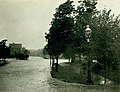 Degiverville Avenue east from Laurel Avenue. River Des Peres flood of August 1915.jpg