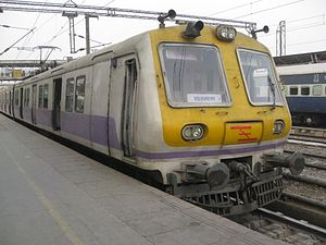 Urban rail transit in India - Image: Delhi emu 08
